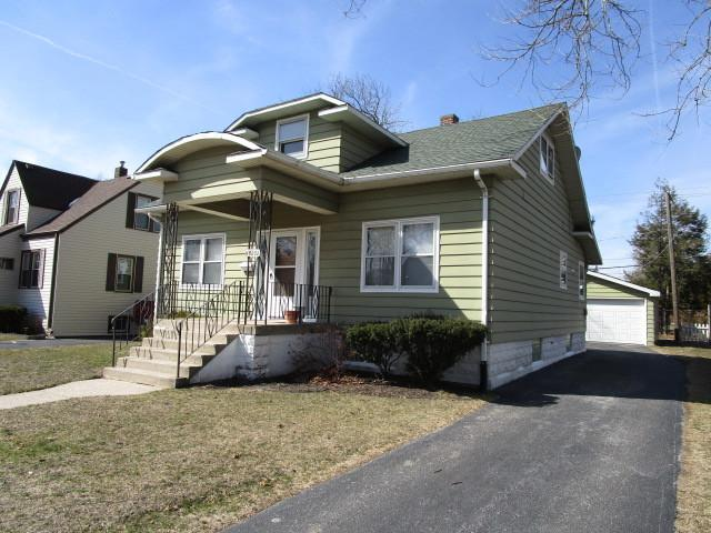18232 Wildwood Avenue, Lansing, IL 60438 (MLS #09889839) :: The Jacobs Group