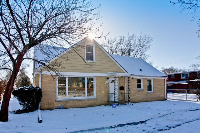 400 52nd Avenue, Bellwood, IL 60104 (MLS #09889952) :: Domain Realty
