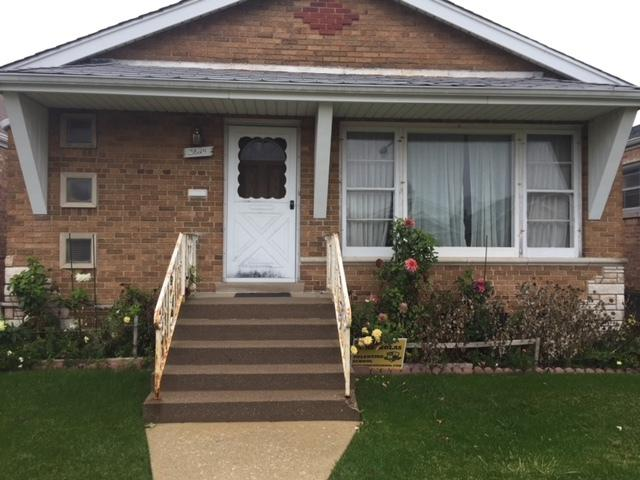 3824 W 68th Place, Chicago, IL 60629 (MLS #09890039) :: Littlefield Group