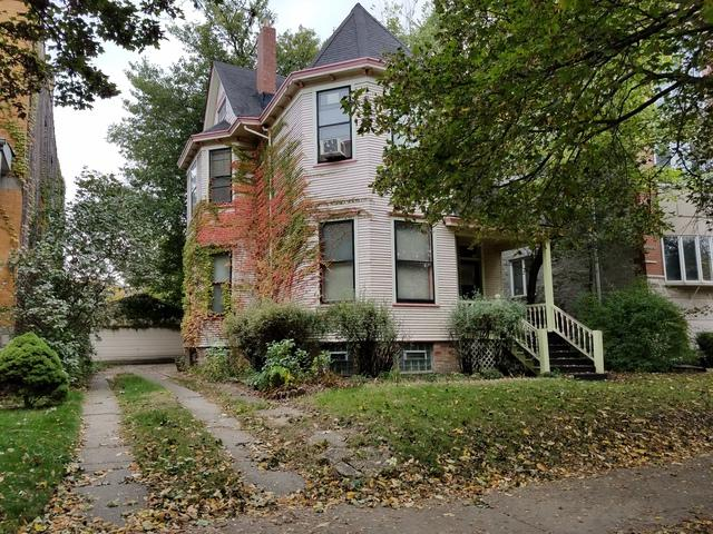 1427 W Belle Plaine Avenue, Chicago, IL 60613 (MLS #09890194) :: The Perotti Group