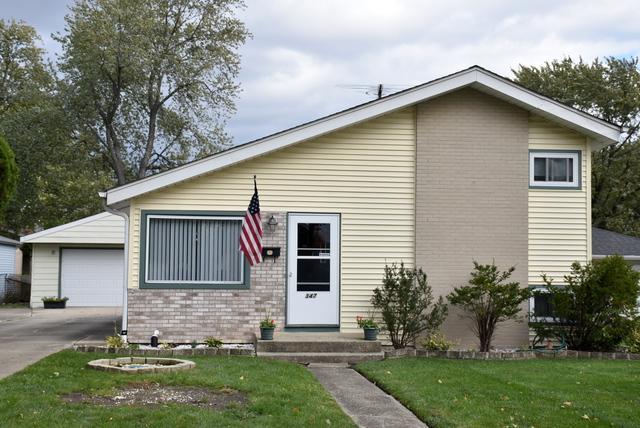 347 N Lincoln Avenue, Villa Park, IL 60181 (MLS #09890241) :: Littlefield Group