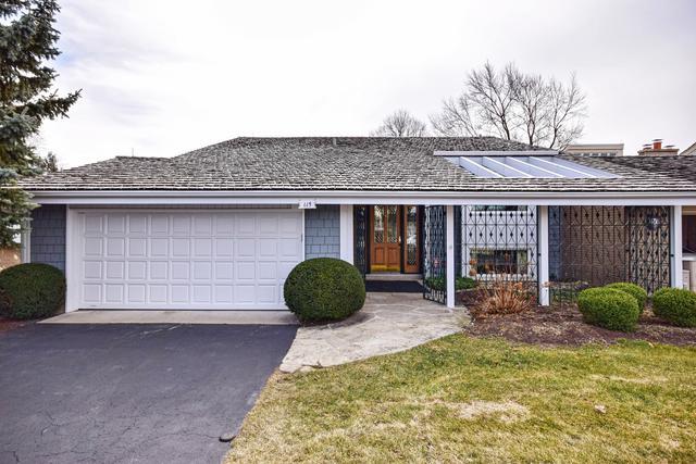 115 Briarwood Loop, Oak Brook, IL 60523 (MLS #09890281) :: Domain Realty