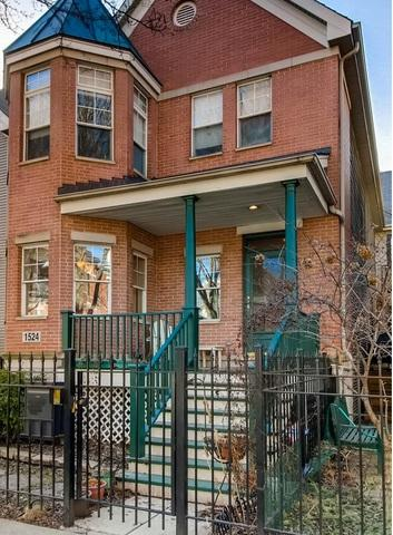 1524 N North Park, Chicago, IL 60610 (MLS #09890291) :: Property Consultants Realty