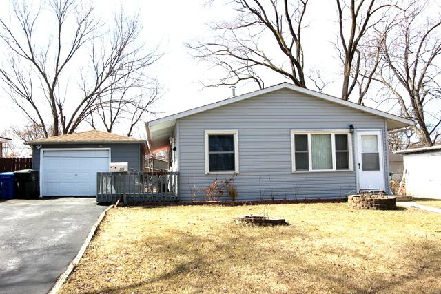 55 Austin Avenue, Carpentersville, IL 60110 (MLS #09890374) :: Littlefield Group