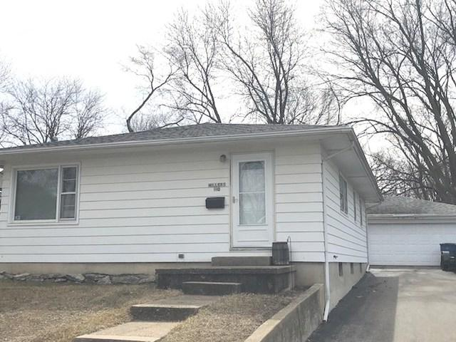 910 W 6th Street, Dixon, IL 61021 (MLS #09890464) :: Key Realty