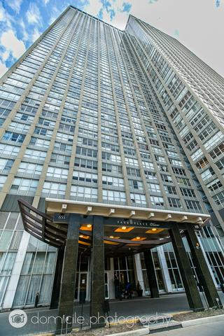 655 W Irving Park Road #906, Chicago, IL 60613 (MLS #09890639) :: The Perotti Group