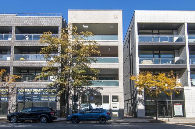 2208 W Chicago Avenue #4, Chicago, IL 60622 (MLS #09890642) :: Property Consultants Realty