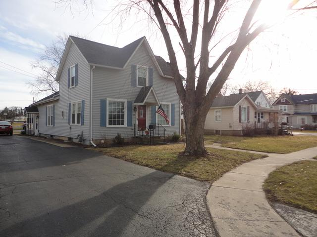 338 W Center Street, Sandwich, IL 60548 (MLS #09890708) :: Littlefield Group