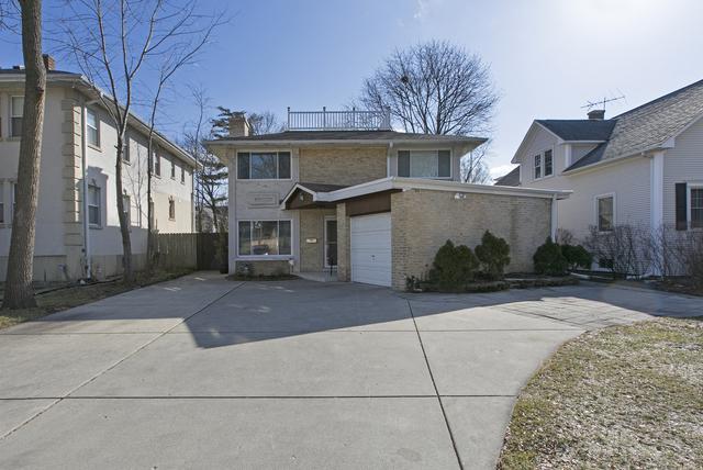 2347 Lake Avenue, Wilmette, IL 60091 (MLS #09890820) :: Domain Realty