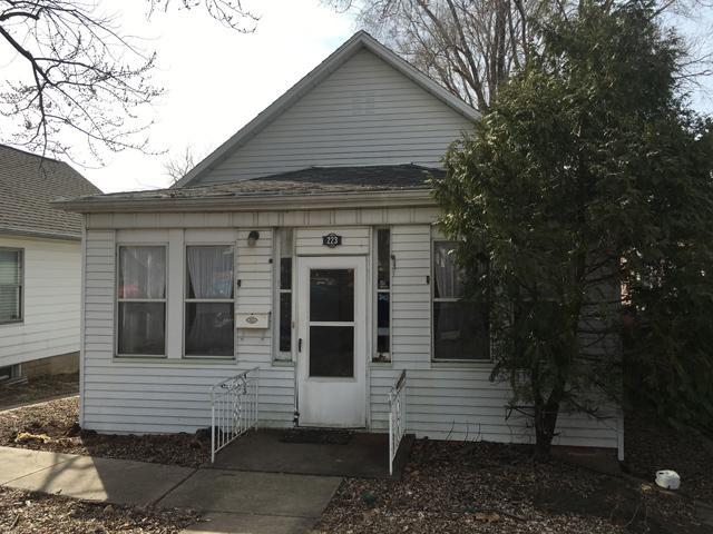223 E Devlin Street, Spring Valley, IL 61362 (MLS #09890960) :: Littlefield Group