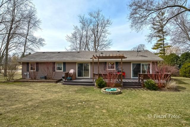 21057 N 19th Street, Barrington, IL 60010 (MLS #09890982) :: Littlefield Group