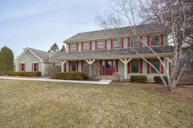 28W210 S Cantigny Drive, Winfield, IL 60190 (MLS #09891133) :: The Jacobs Group