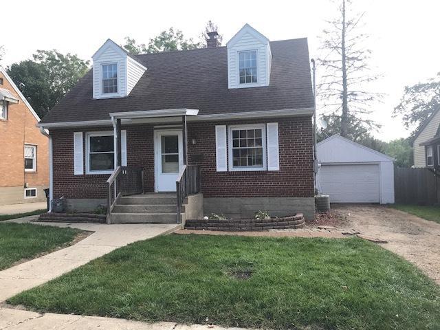 834 N Dement Avenue, Dixon, IL 61021 (MLS #09891167) :: Key Realty