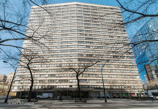 2930 N Sheridan Road #703, Chicago, IL 60657 (MLS #09891244) :: Littlefield Group