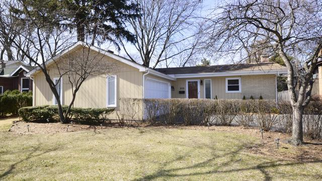 225 Sunset Drive, Wilmette, IL 60091 (MLS #09891517) :: Domain Realty