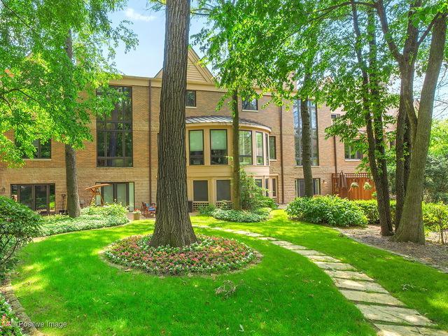 1302 Hawthorne Lane #1302, Hinsdale, IL 60521 (MLS #09891704) :: Domain Realty