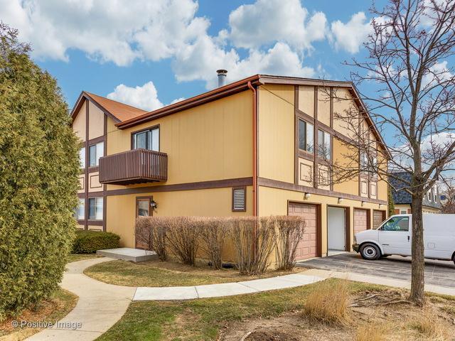 1340 Inverrary Lane, Palatine, IL 60074 (MLS #09891918) :: Lewke Partners
