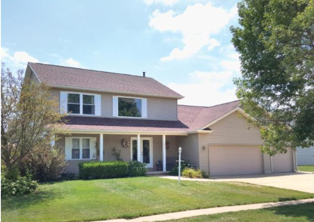 605 E Orchard Drive, Mahomet, IL 61853 (MLS #09891957) :: The Jacobs Group