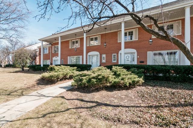 5 N Tower Road #5, Oak Brook, IL 60523 (MLS #09892073) :: Domain Realty