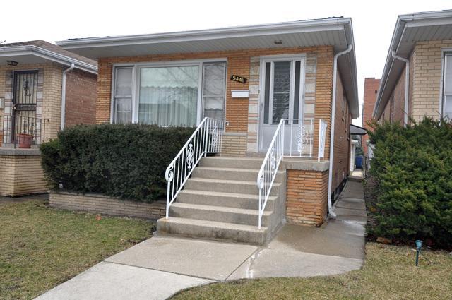 5441 S Millard Avenue, Chicago, IL 60632 (MLS #09892297) :: Littlefield Group