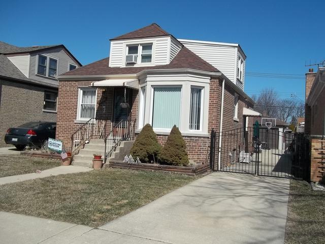 6956 W Foster Avenue, Chicago, IL 60656 (MLS #09892772) :: Littlefield Group