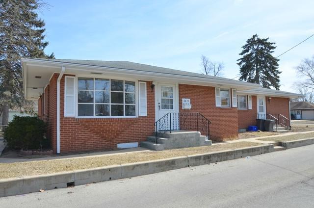 2419 Barton Boulevard, Rockford, IL 61103 (MLS #09893075) :: Littlefield Group