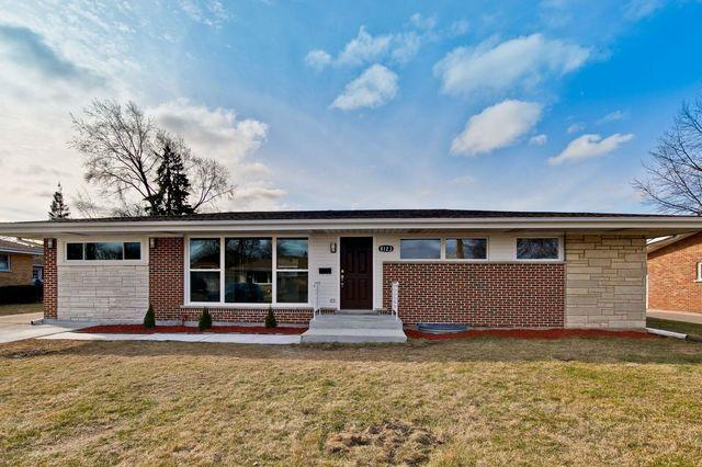 8123 W Leland Avenue, Norridge, IL 60706 (MLS #09893359) :: Littlefield Group