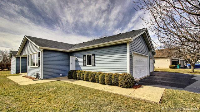 712 Harmony Court, North Aurora, IL 60542 (MLS #09893380) :: Domain Realty