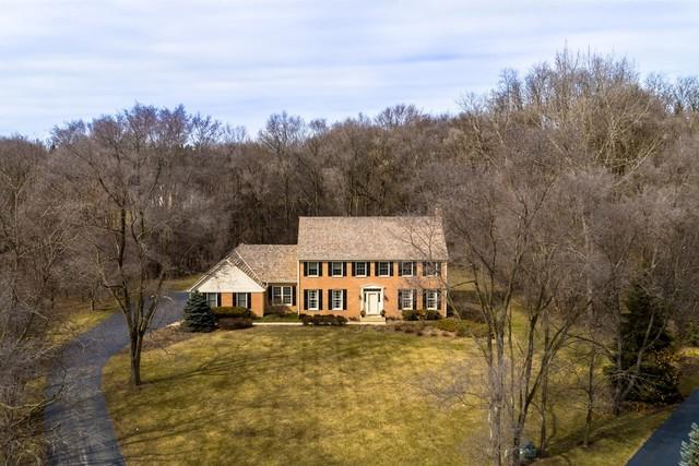 26090 Twin Pond Road, Lake Barrington, IL 60010 (MLS #09893468) :: The Jacobs Group