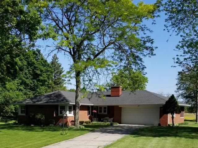 27W750 Robin Lane, West Chicago, IL 60185 (MLS #09893687) :: Domain Realty