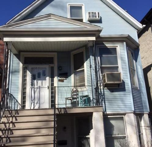 3428 N Seeley Avenue, Chicago, IL 60618 (MLS #09893856) :: Littlefield Group