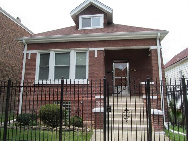 8436 S Manistee Avenue, Chicago, IL 60617 (MLS #09894119) :: Domain Realty