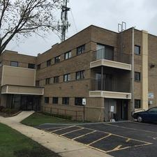 515 Ogden Avenue #101, Downers Grove, IL 60515 (MLS #09894185) :: Domain Realty