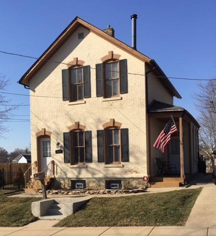 324 Franklin Boulevard, Elgin, IL 60120 (MLS #09894193) :: Littlefield Group