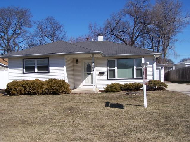 2404 Kirchoff Road, Rolling Meadows, IL 60008 (MLS #09894196) :: Littlefield Group