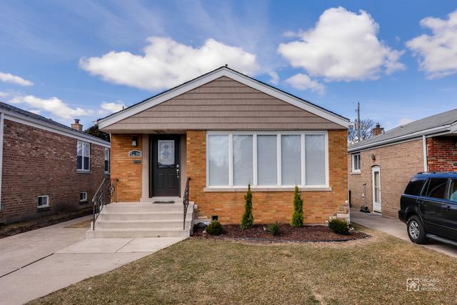 5236 S New England Avenue, Chicago, IL 60638 (MLS #09894281) :: Littlefield Group