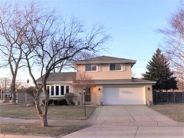 1600 E Barberry Lane, Mount Prospect, IL 60056 (MLS #09894325) :: Littlefield Group