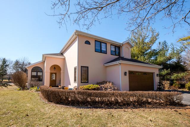 1316 Red Oak Lane, Rockford, IL 61107 (MLS #09894349) :: Littlefield Group
