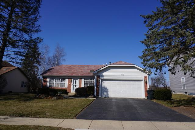 1940 Honey Locust Drive, Algonquin, IL 60102 (MLS #09894482) :: Domain Realty