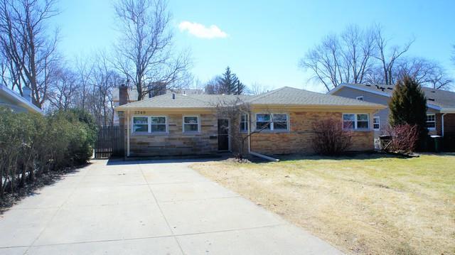 2749 Wilmette Avenue, Wilmette, IL 60091 (MLS #09894560) :: Domain Realty