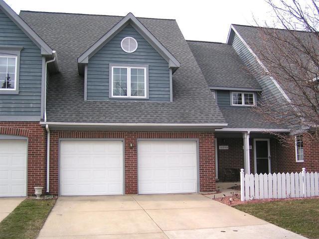 10946 Beacon Court, St. John, IN 46373 (MLS #09895316) :: Ani Real Estate