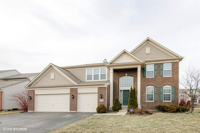 4015 Stratford Lane, Carpentersville, IL 60110 (MLS #09896085) :: The Jacobs Group