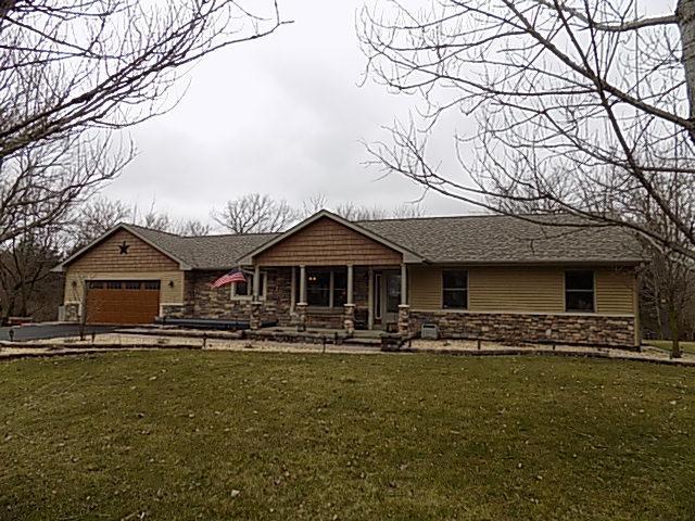 2648 N 3739th Road, Sheridan, IL 60551 (MLS #09897998) :: Lewke Partners