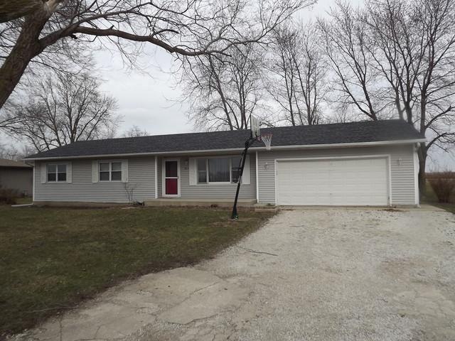 817 S Poplar Street, Onarga, IL 60955 (MLS #09899195) :: Lewke Partners