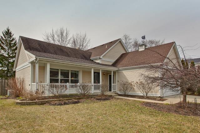 15 Malvern Drive, Vernon Hills, IL 60061 (MLS #09901564) :: The Jacobs Group