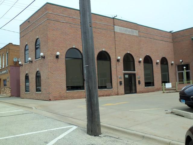 128-130 Illinois Avenue - Photo 1