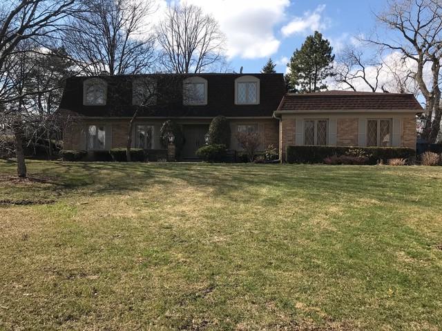 17 Ivy Lane, Oak Brook, IL 60523 (MLS #09902231) :: The Saladino Sells Team