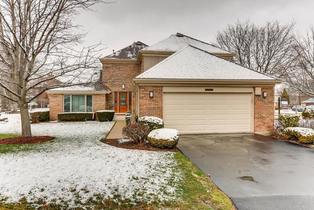 2651 E Yarmouth Court, Arlington Heights, IL 60004 (MLS #09902733) :: The Jacobs Group