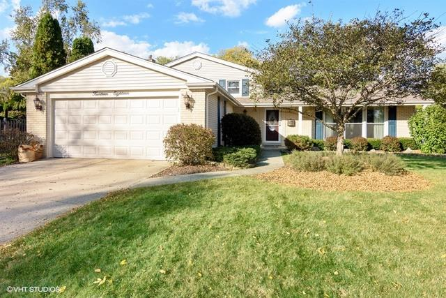 1418 E Fleming Drive S, Arlington Heights, IL 60004 (MLS #09903420) :: Lewke Partners