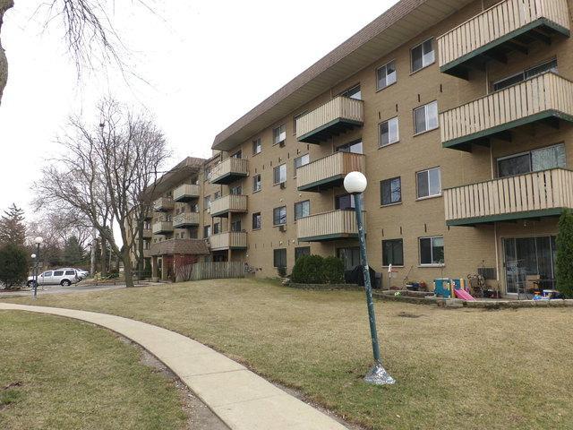 290 N Westgate Road #108, Mount Prospect, IL 60056 (MLS #09904130) :: Lewke Partners